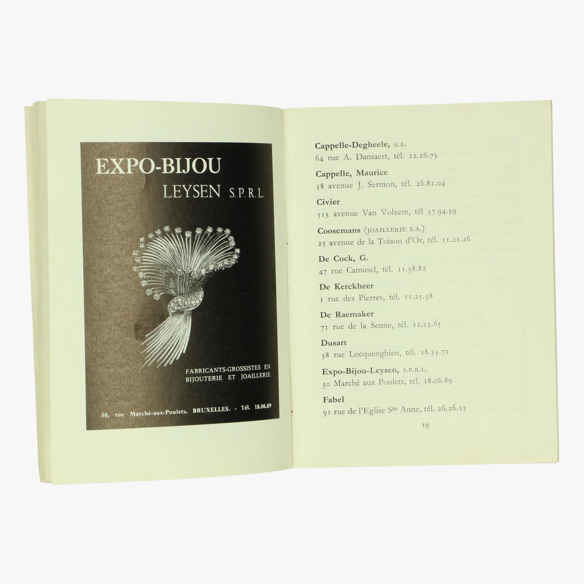 Afbeeldingen van boekje expo 58 begische productie van juwelen,zilverwerk en kerkelijke kunst