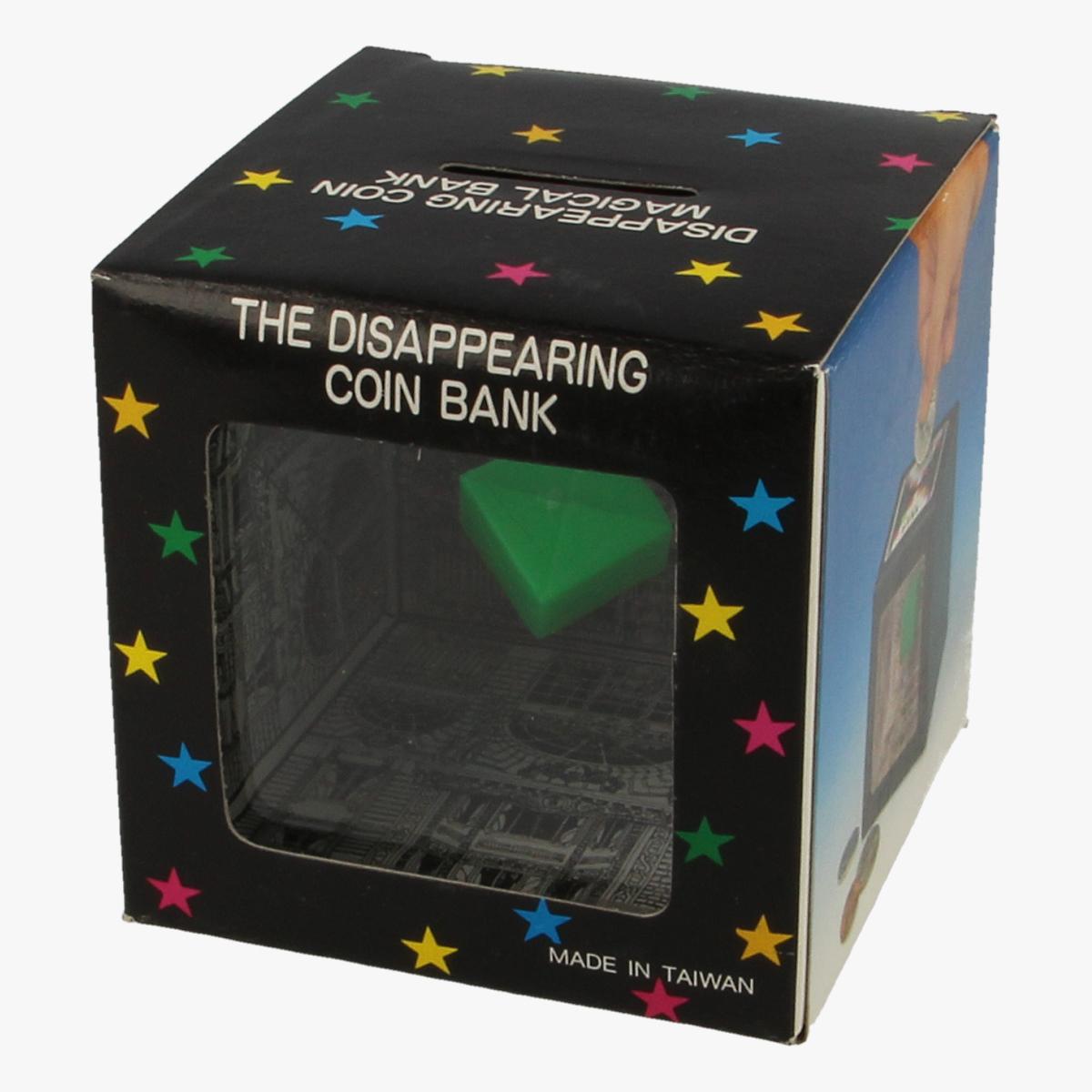 Afbeeldingen van The disappearing coin bank