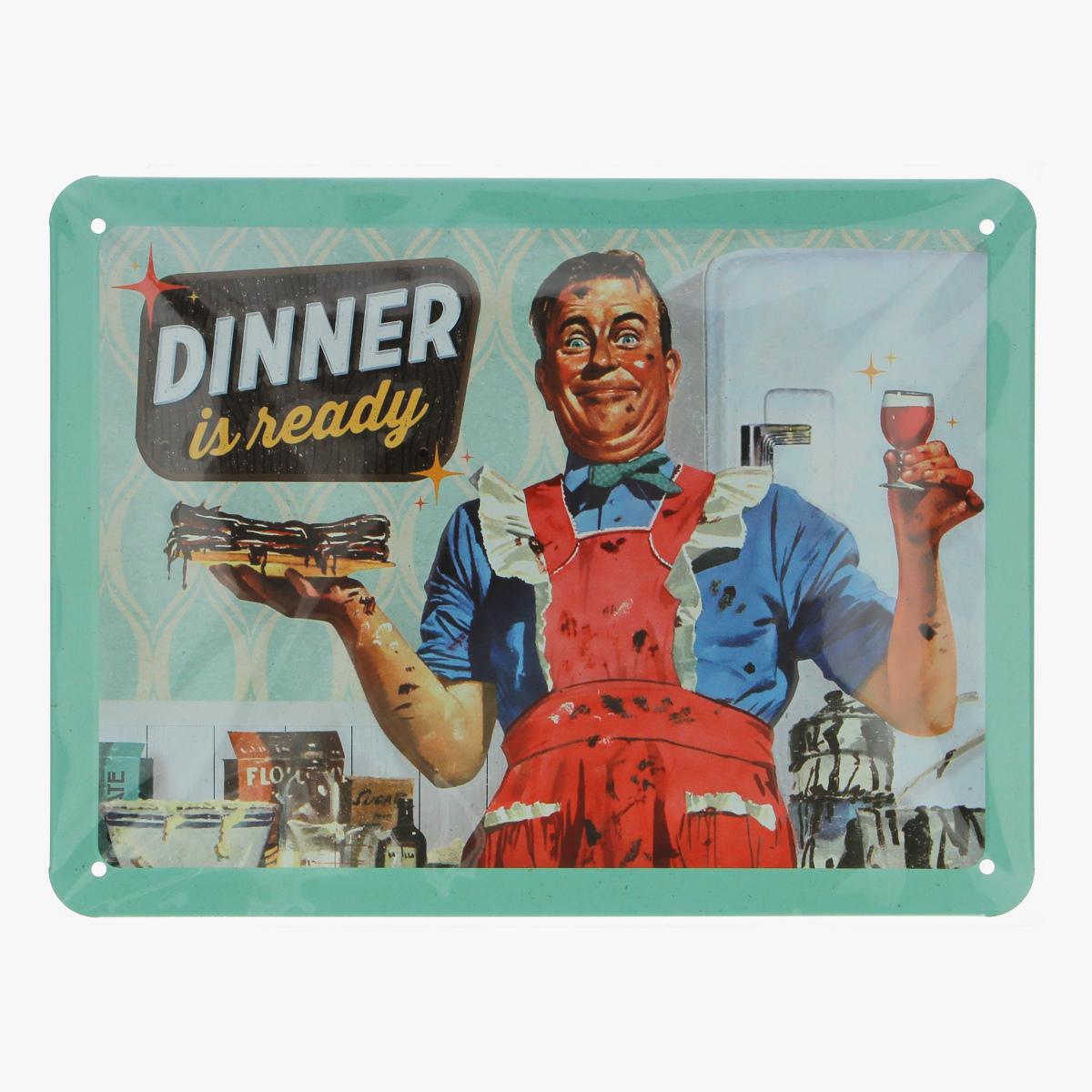 Afbeeldingen van blikken bordje dinner is ready repro