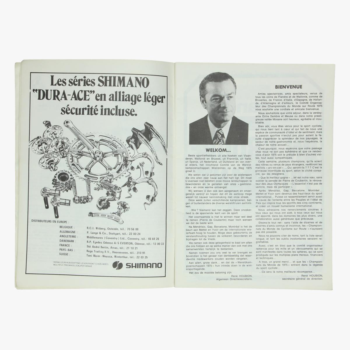 Afbeeldingen van boekje officieel programma wereldkampioenschap wielrennen op de weg belgie 1975 met verschillende handtekeningen
