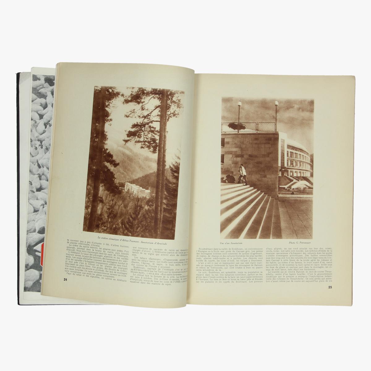 Afbeeldingen van boek 1935 revue de moscou 2
