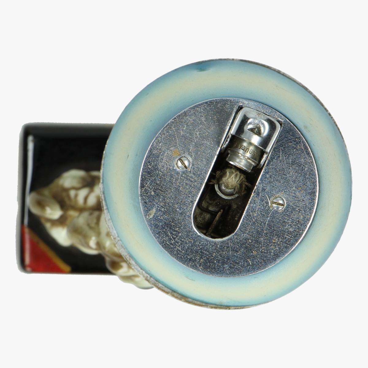 Afbeeldingen van aansteker lamp hondje porselein