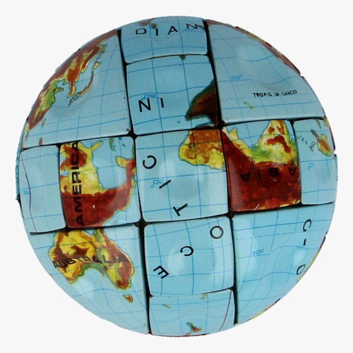 Afbeeldingen van The Magic Globe, 1988,