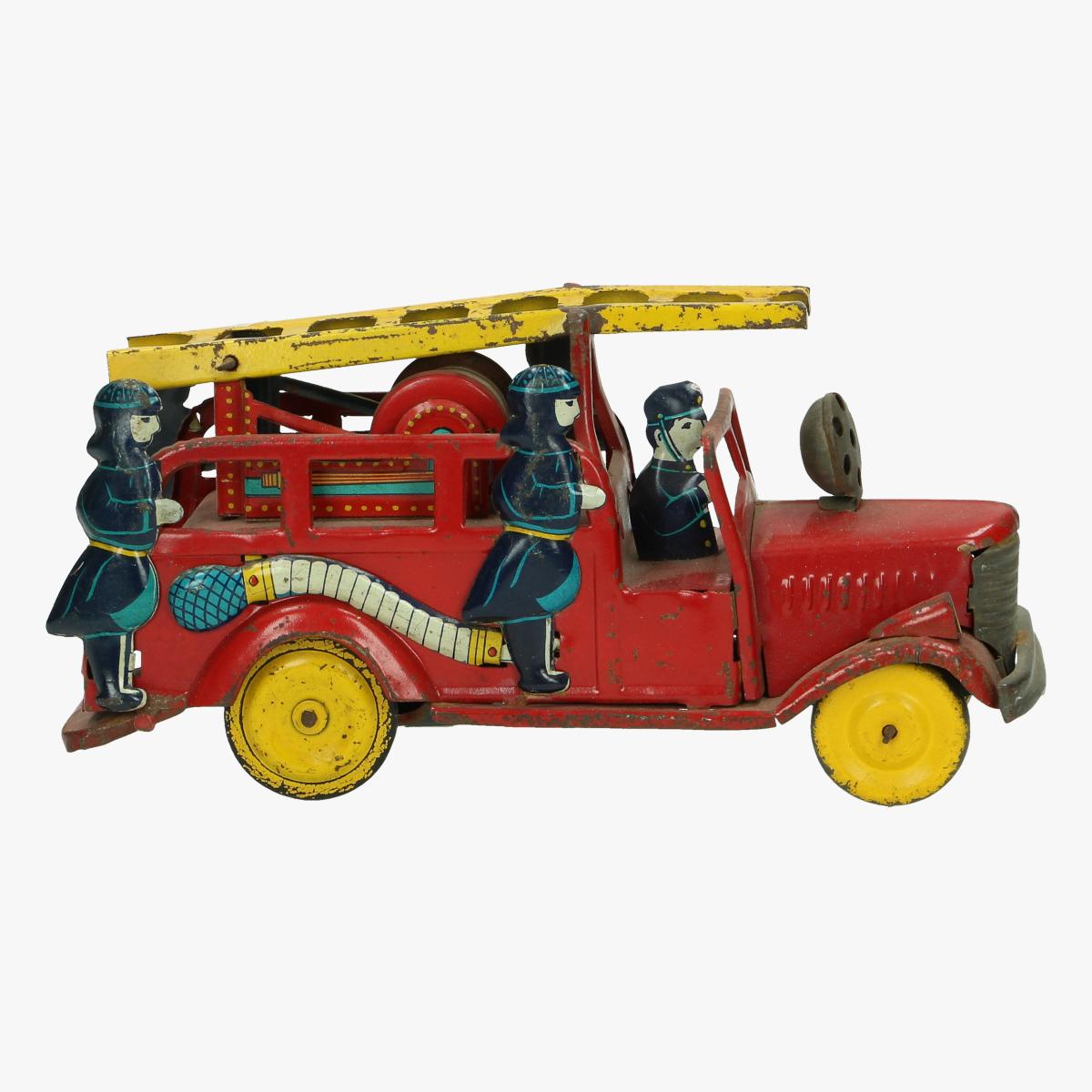 Afbeeldingen van oude blikken brandweerwagen made in Japan
