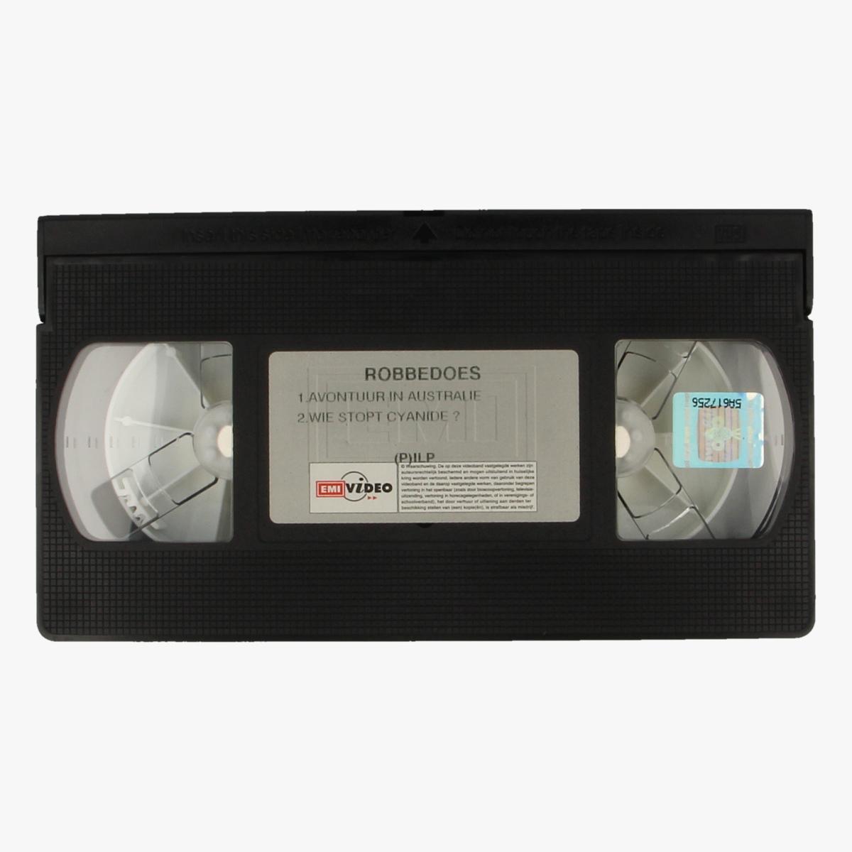 Afbeeldingen van Videocassette Robbedoes Avontuur in Australië & Wie stopt cyanide?