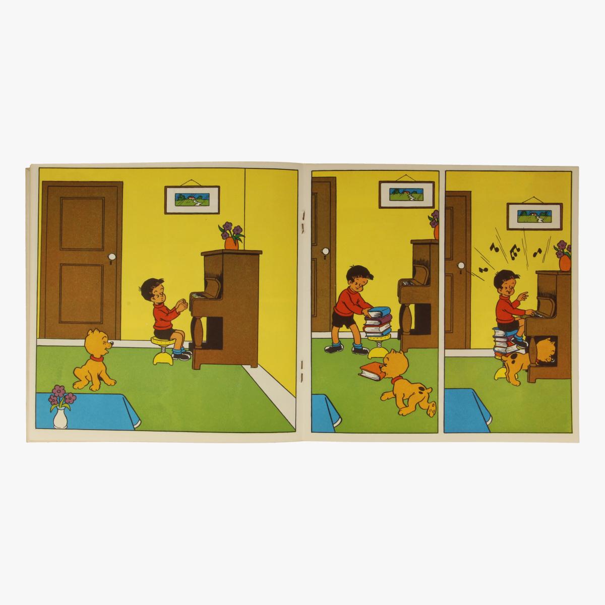 Afbeeldingen van kleine LP Rikske en Fikske nr 4