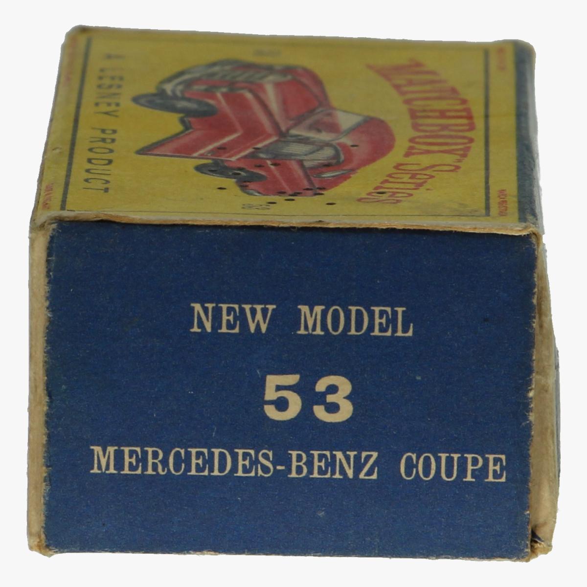 Afbeeldingen van Matchbox doos. New model 53 mercedes-benz coupe