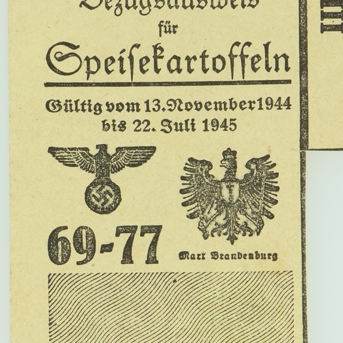 Afbeeldingen van Bezugsausweis fur speisekartoffeln 1944-1945