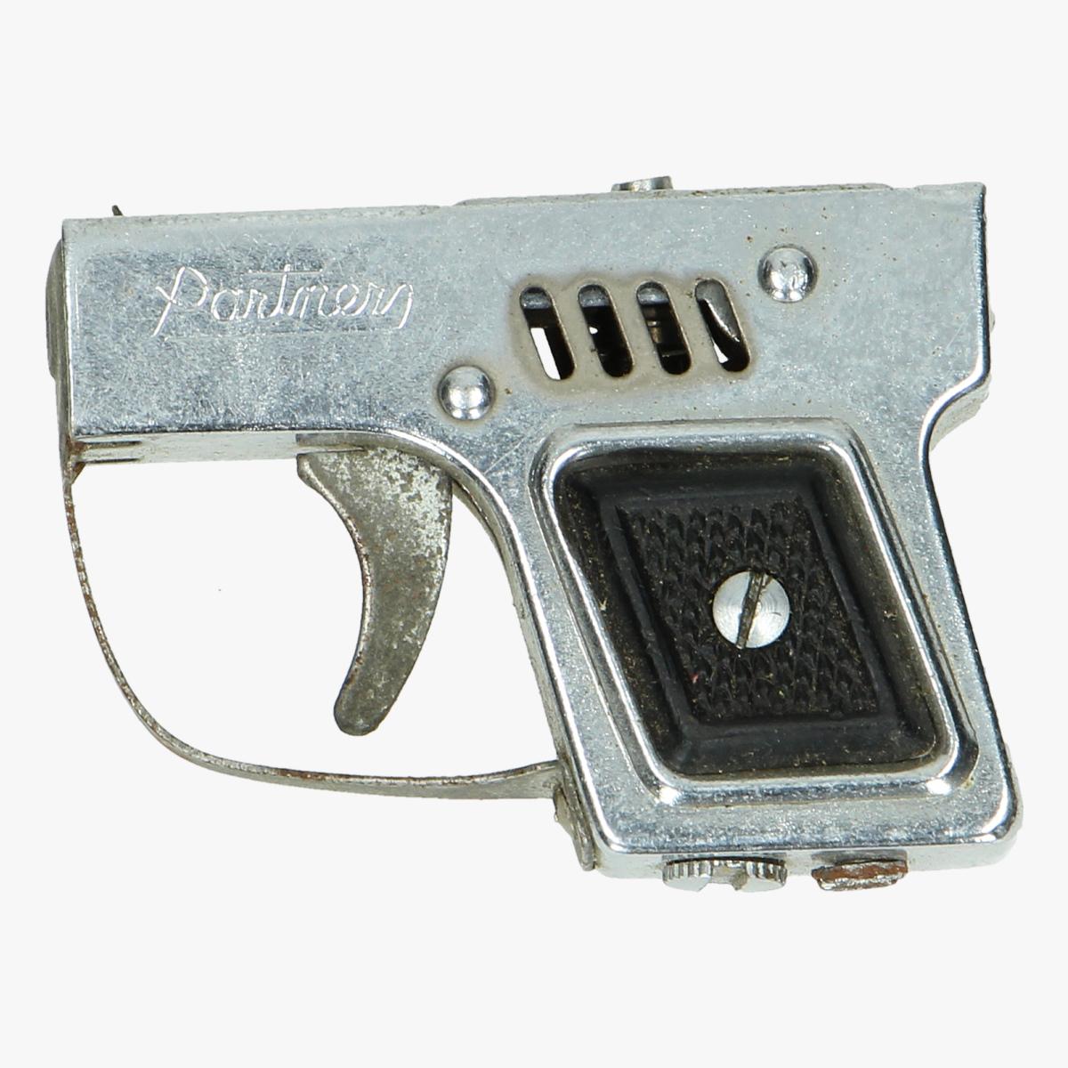 Afbeeldingen van aansteker revolver partners