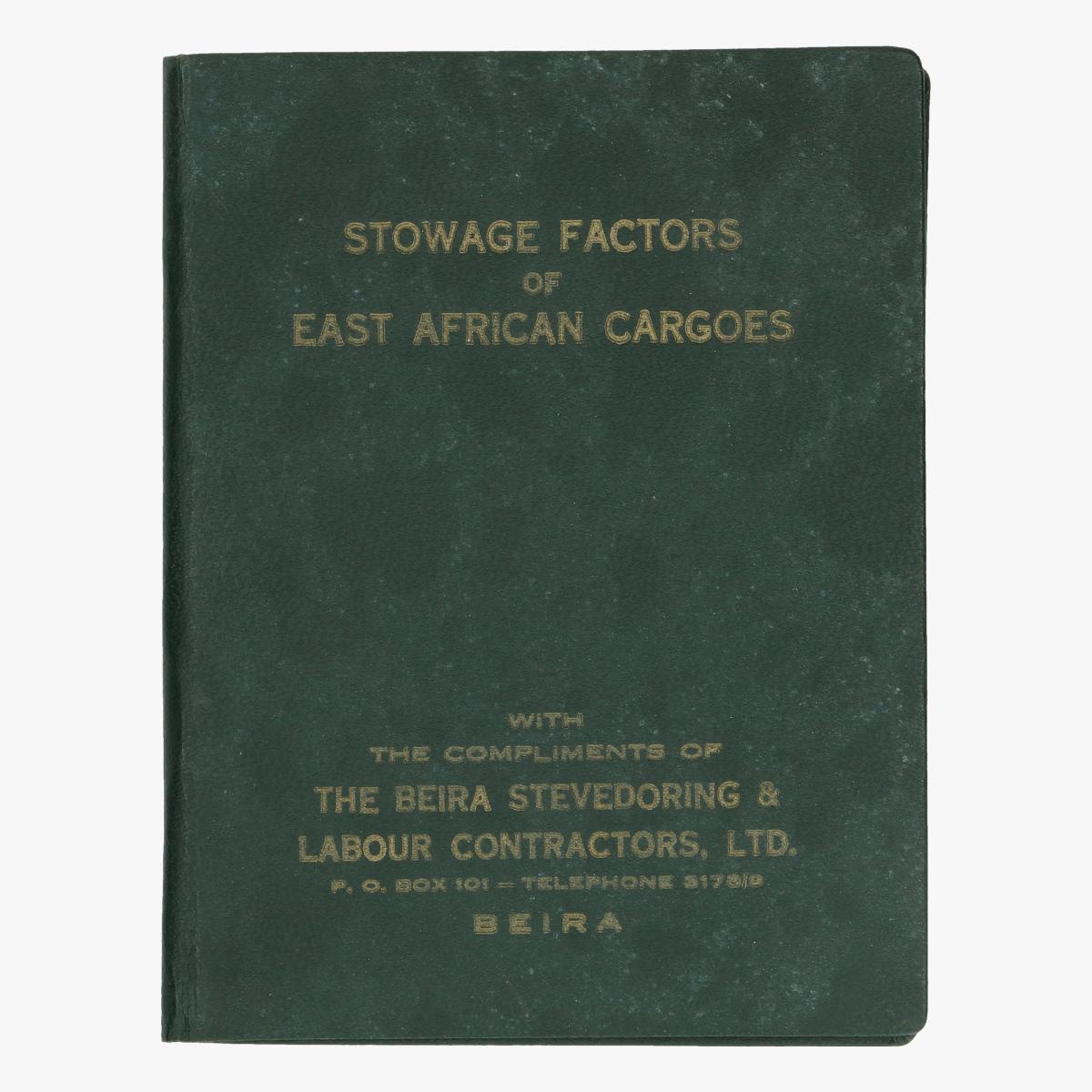 Afbeeldingen van boekje STOWAGE FACTORS OF EAST AFRICAN CARGOES