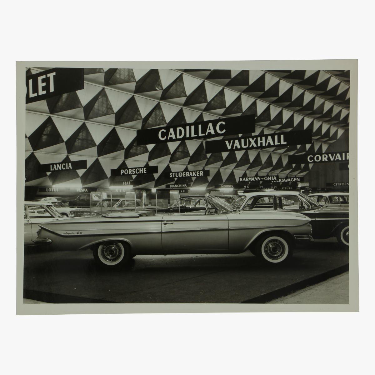 Afbeeldingen van zwart-wit foto chevrolet impala 2 door convertible coupe