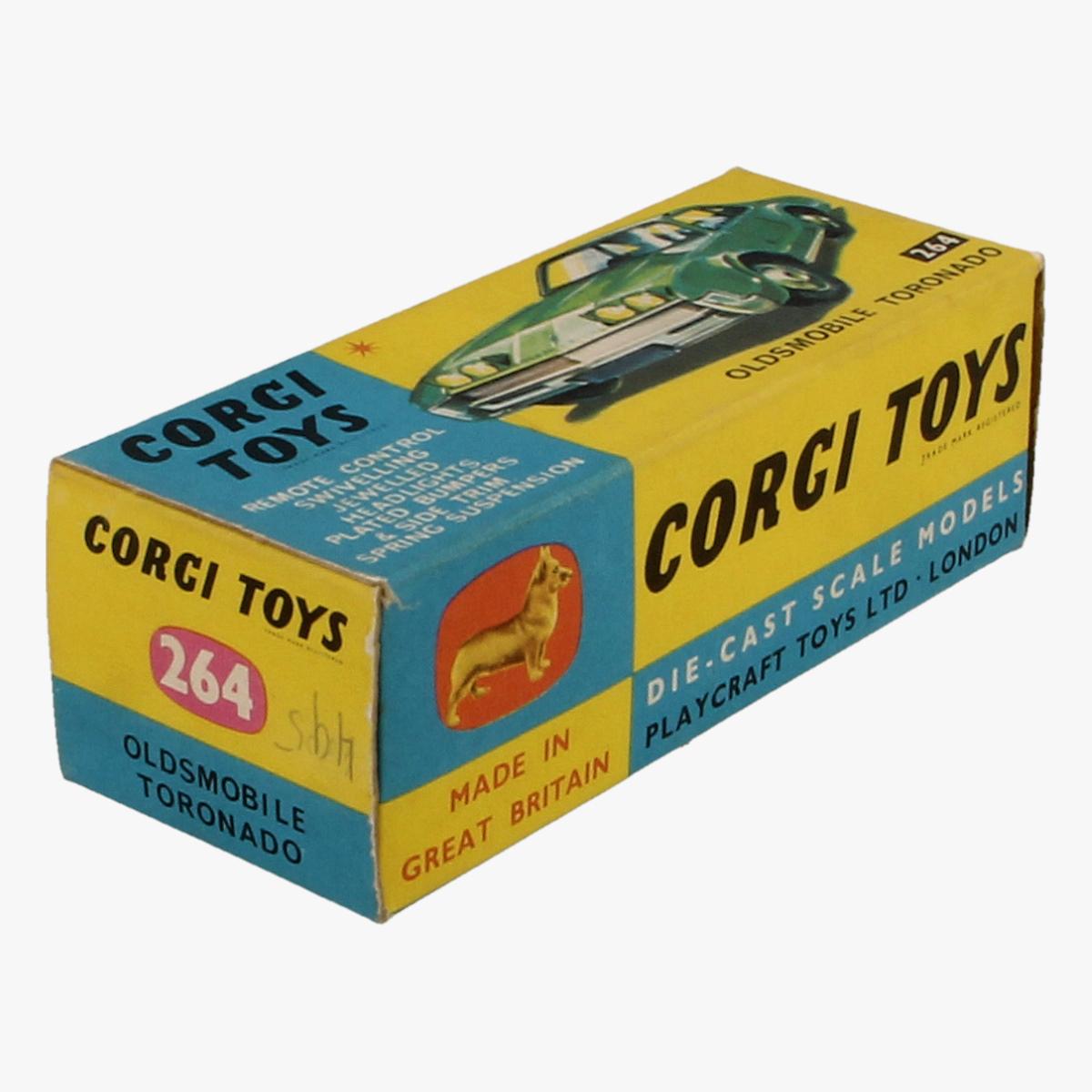 Afbeeldingen van Corgi Toys. Oldsmobile Tornonado, 264.