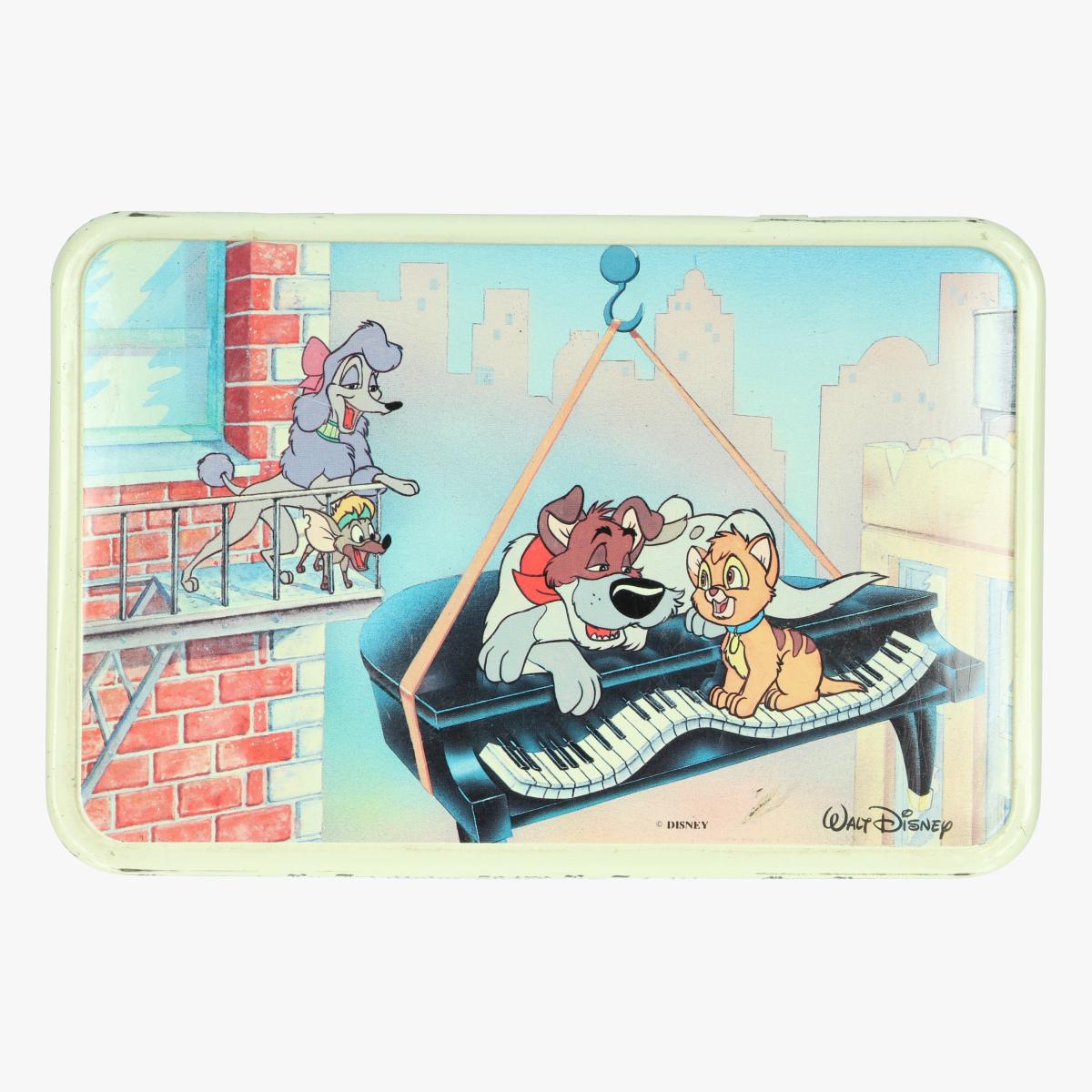 Afbeeldingen van Oliver & |compagny. Koekendoos Walt Disney. Massilly