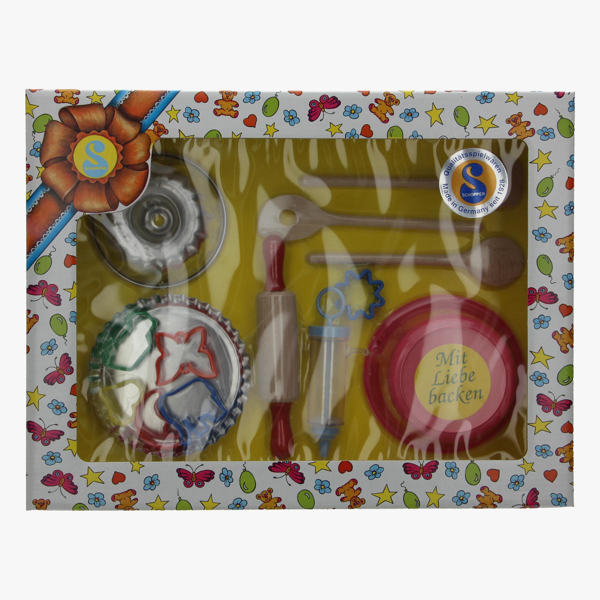 Afbeeldingen van speelgoed bakkersvormen enz schopper made in germany  repro