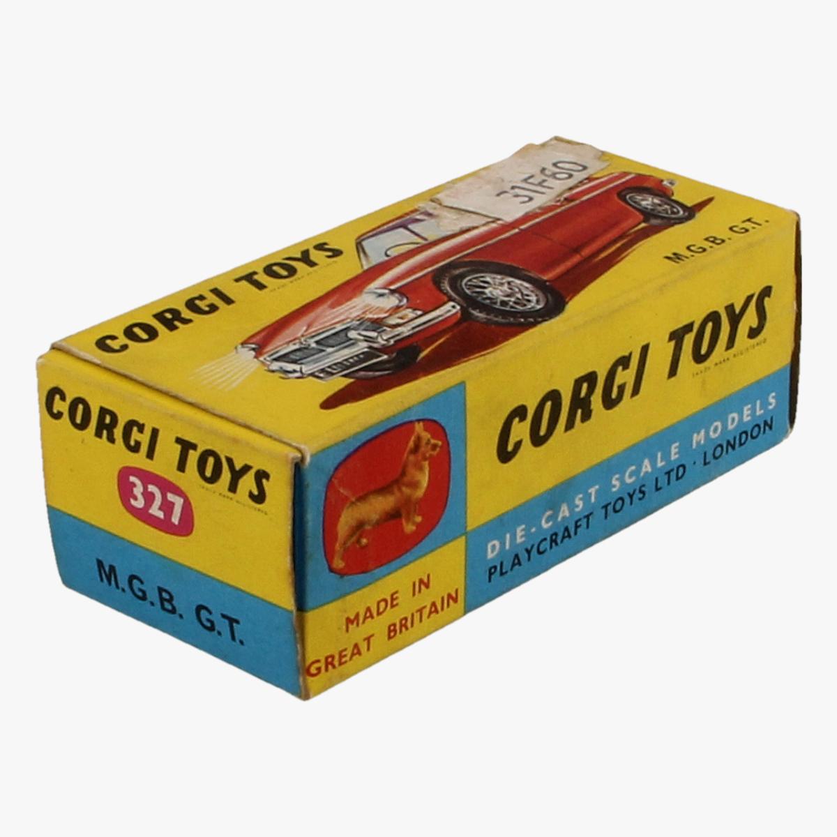 Afbeeldingen van Corgi Toys. M.G.B. G.T. Nr. 327