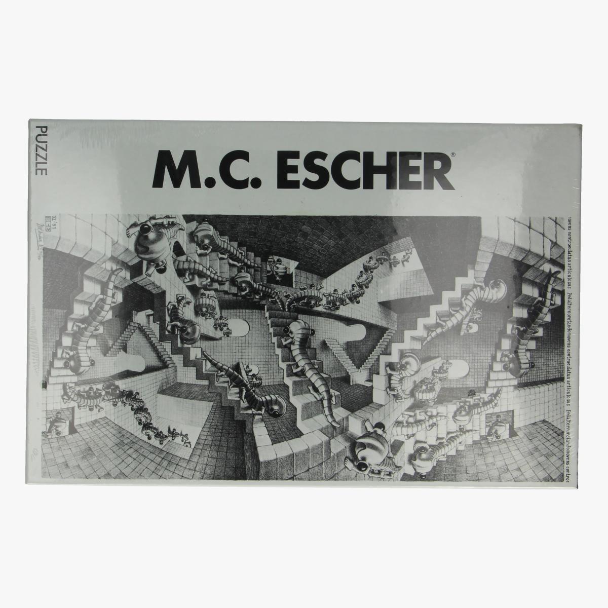 Afbeeldingen van Puzzel M.C. Escher house of stairs