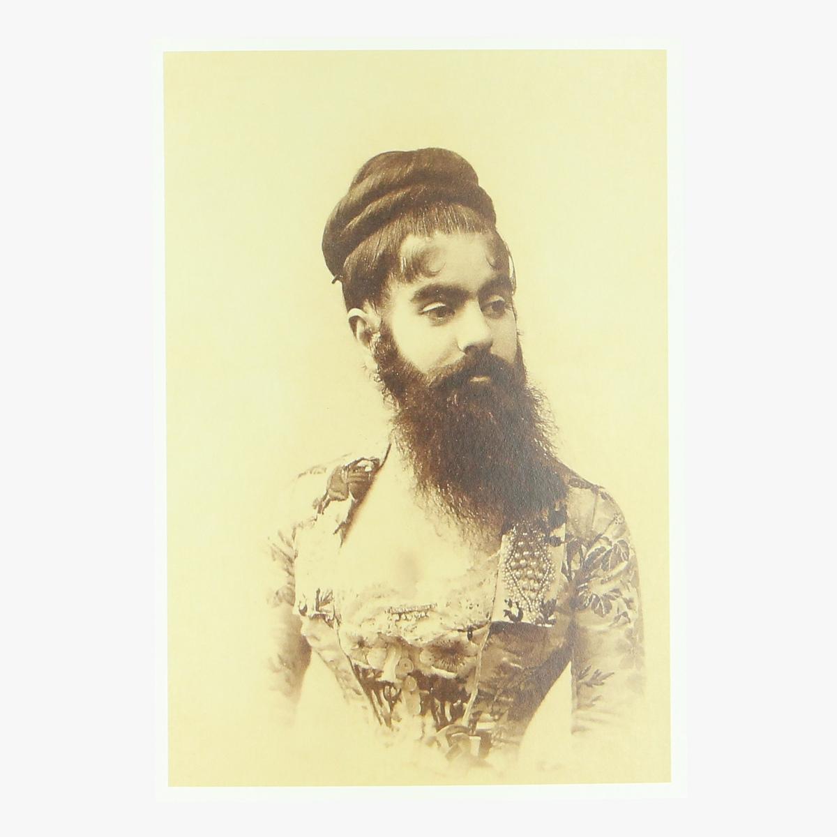 Afbeeldingen van postkaart portrait of Annie Eliot,(1890's) repro