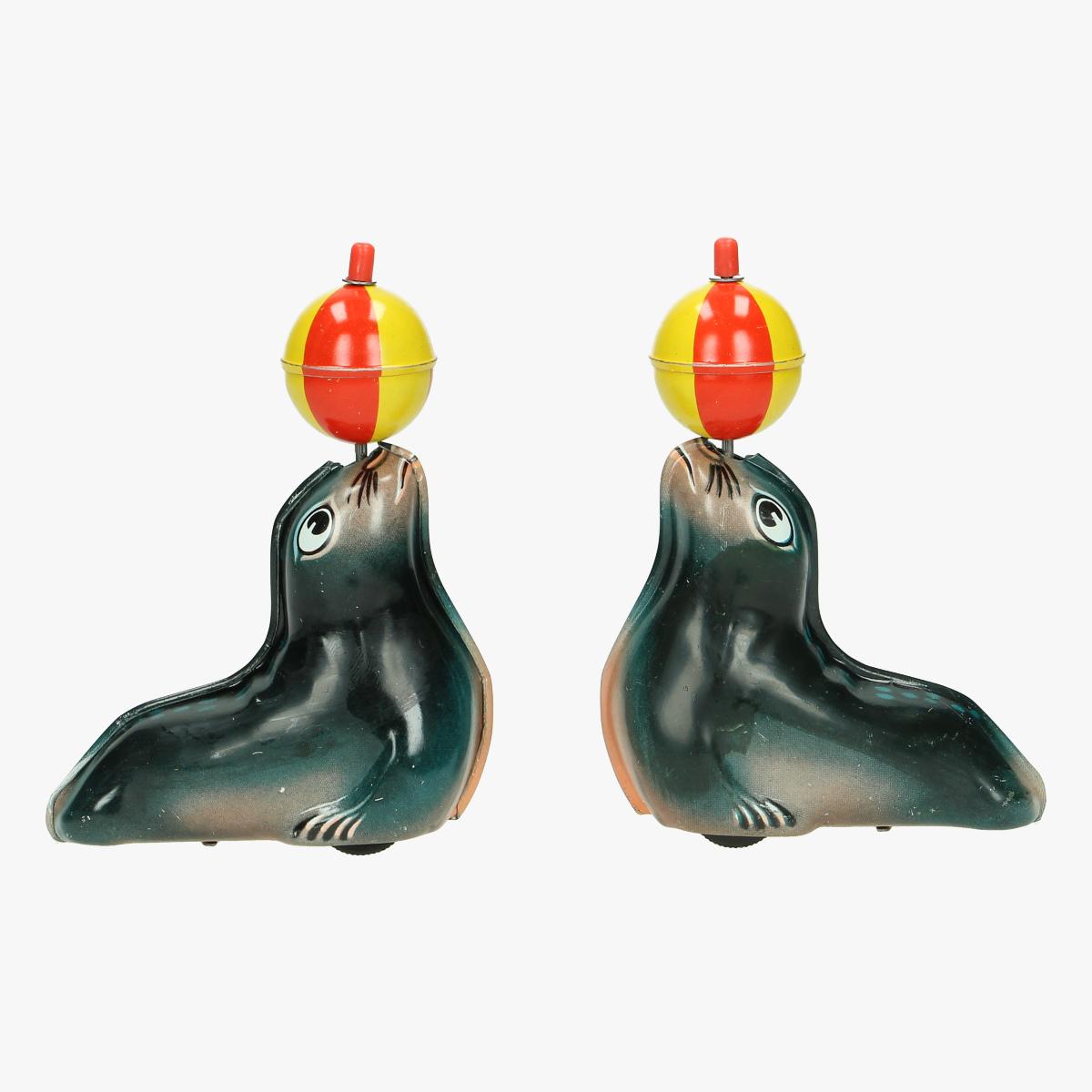 Afbeeldingen van blikken zeehondjes lehmann repro
