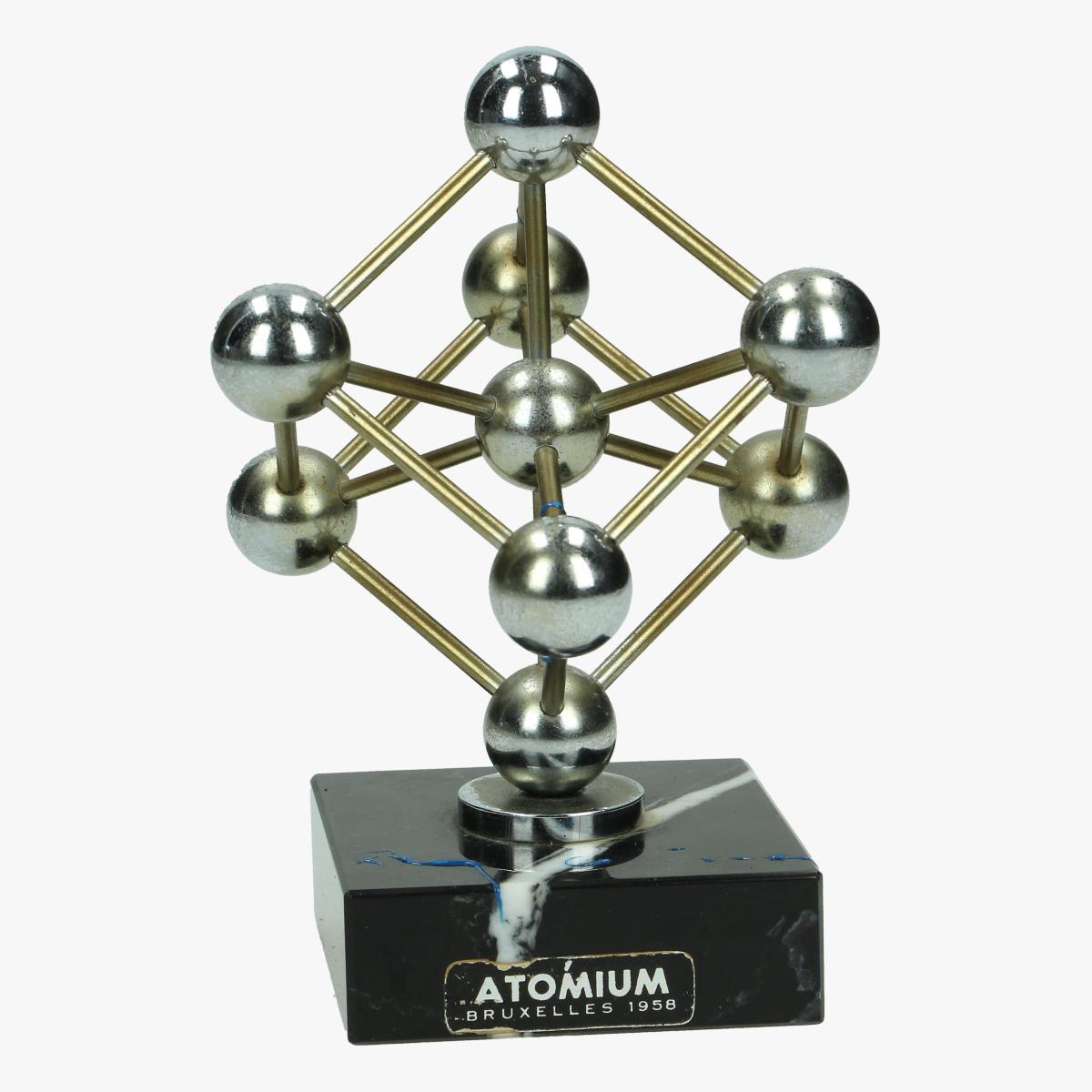 Afbeeldingen van atomium bruxelles 1958