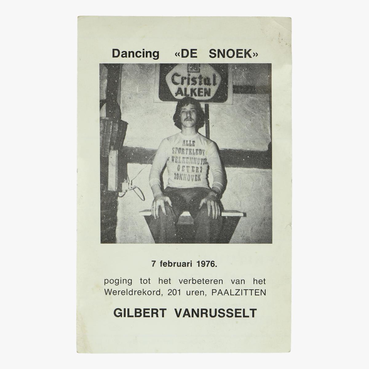 Afbeeldingen van prentje poging wereldrekord paalzitten 201 uren (1976)