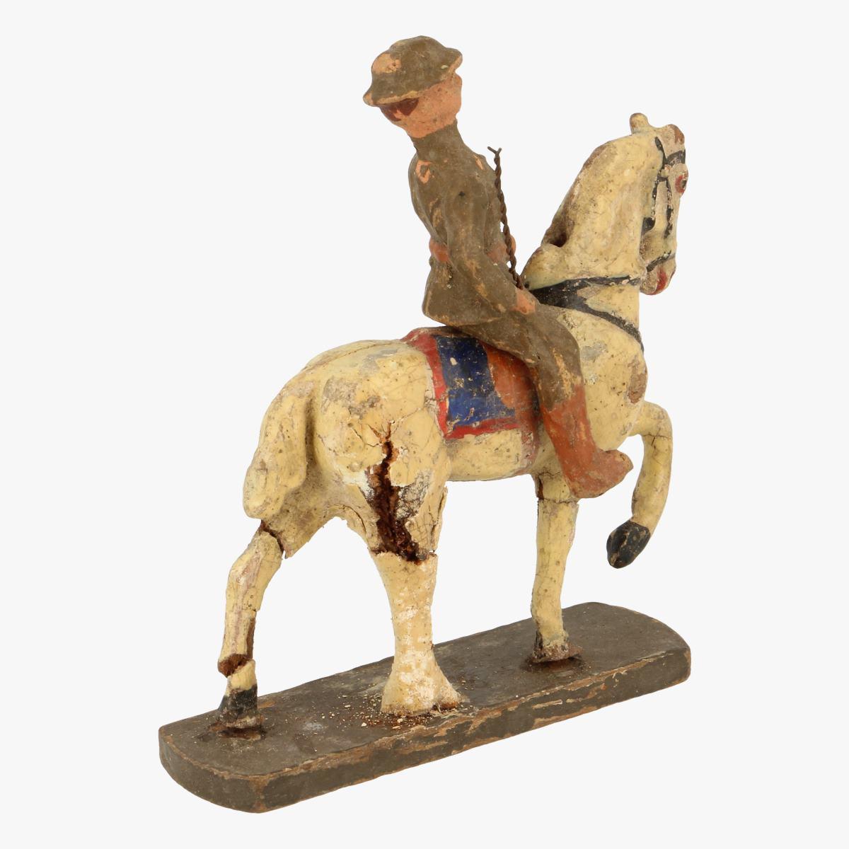 Afbeeldingen van Elastolin soldaatje op paard