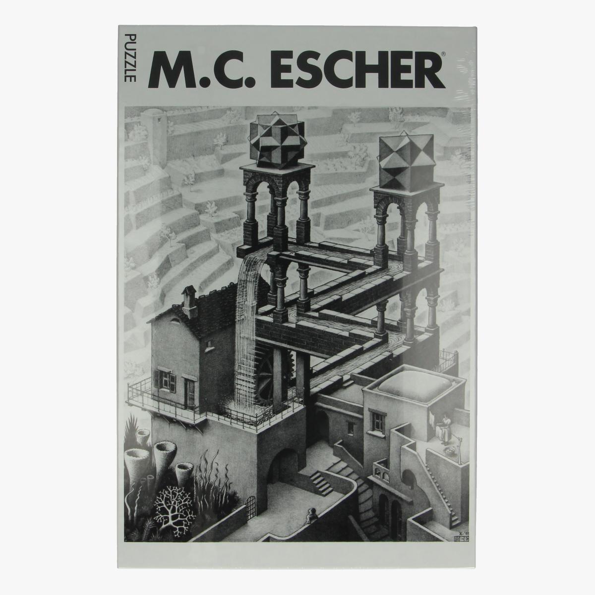 Afbeeldingen van Puzzel M.C. Escher waterval