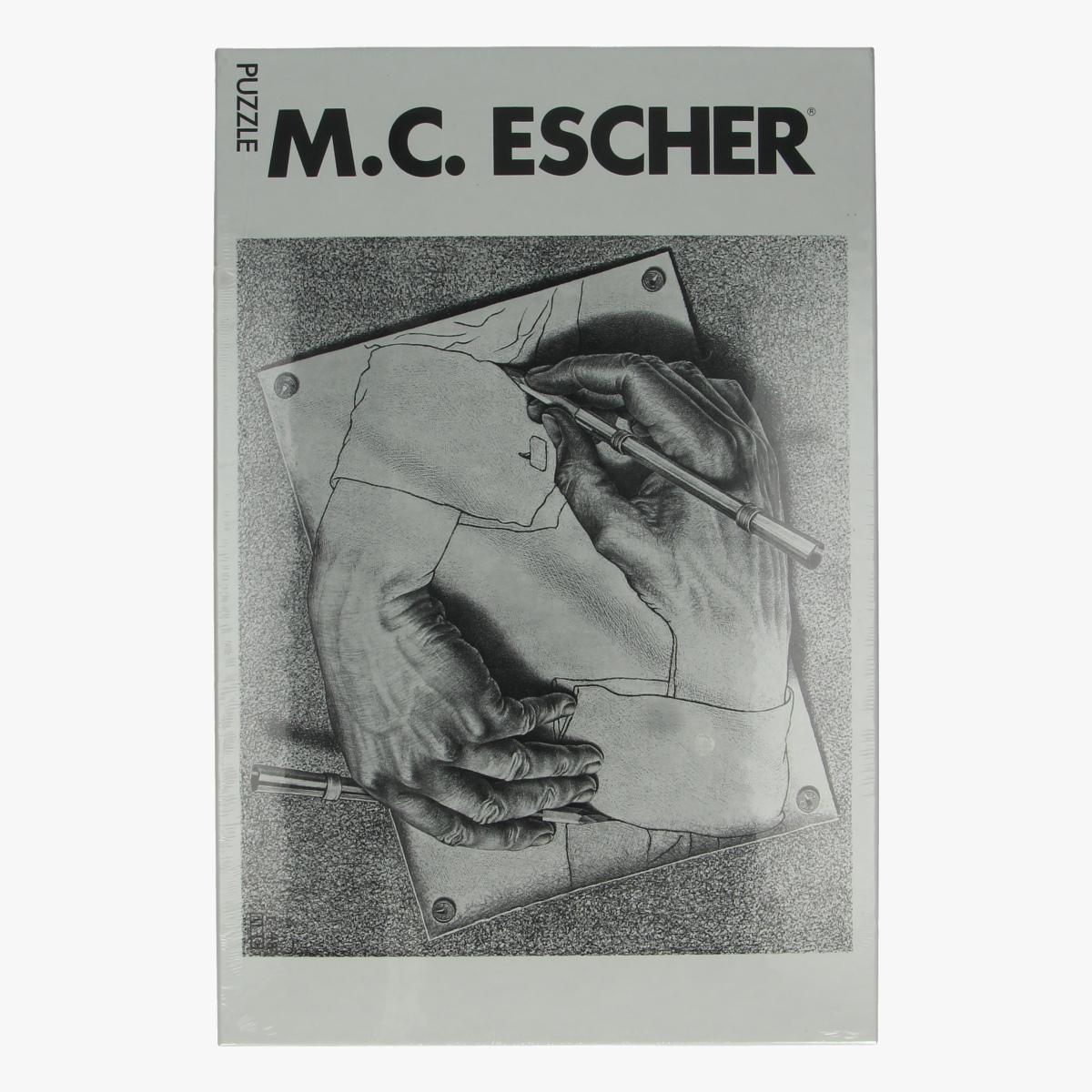 Afbeeldingen van Puzzel M.C. Escher Drawing hands