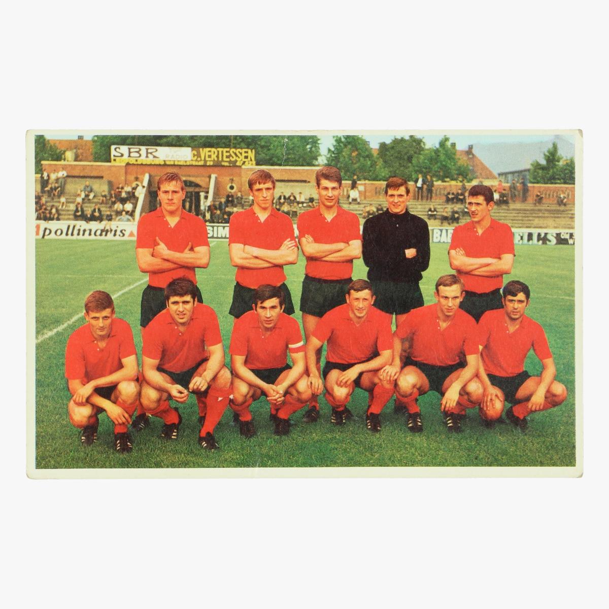 Afbeeldingen van oude postkaart voetbal Beringen