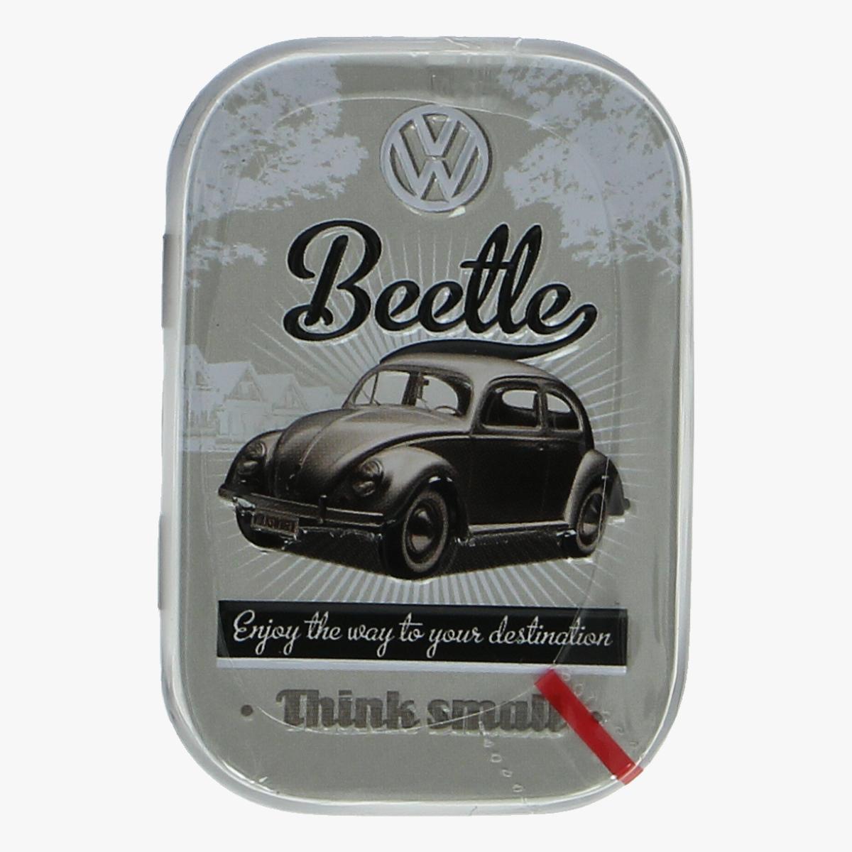 Afbeeldingen van blikken doosje suiker vrije mint snoepjes volkswagen beetle