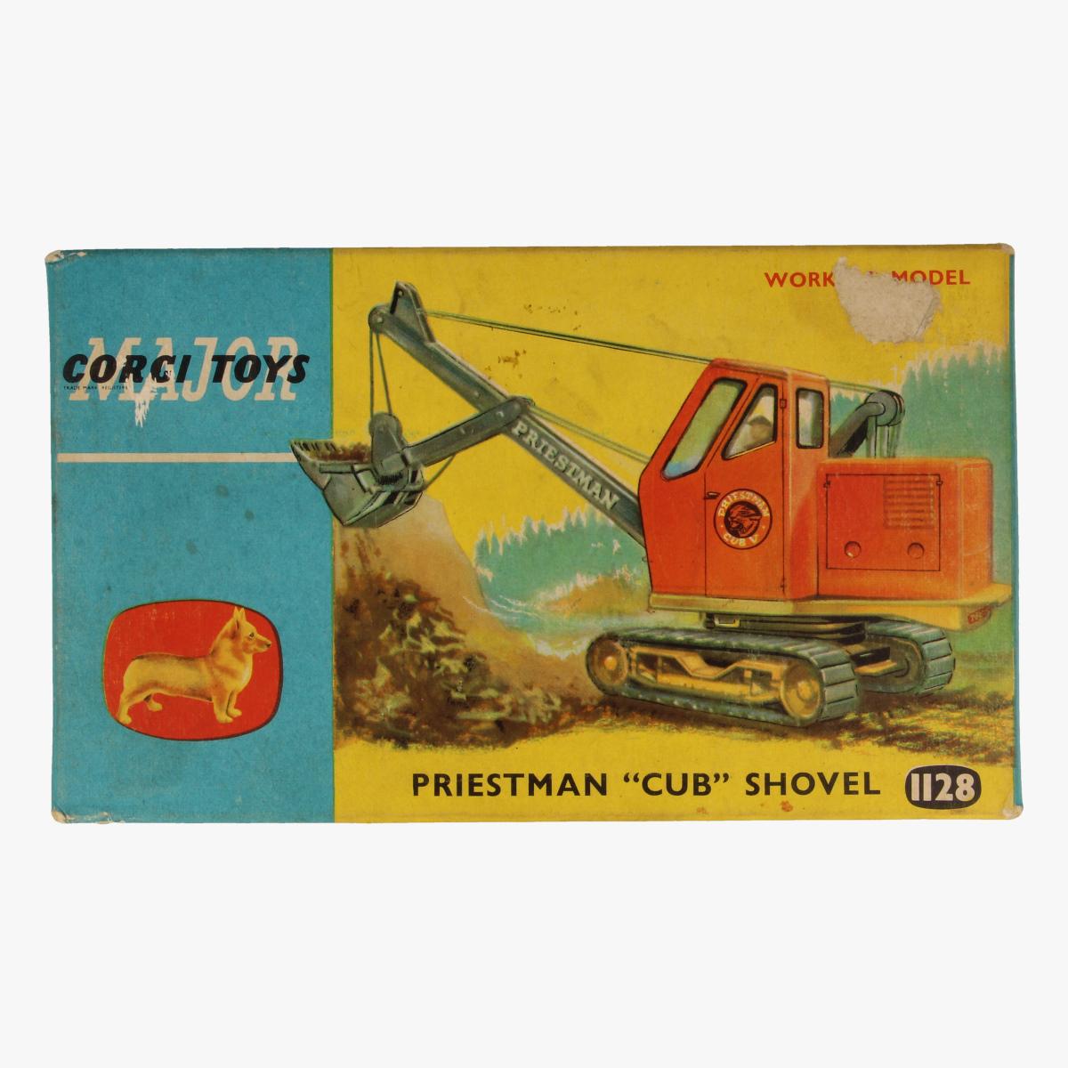 "Afbeeldingen van Corgi Toys. Priestman ""Cub"" Shovel. Nr. 1128"