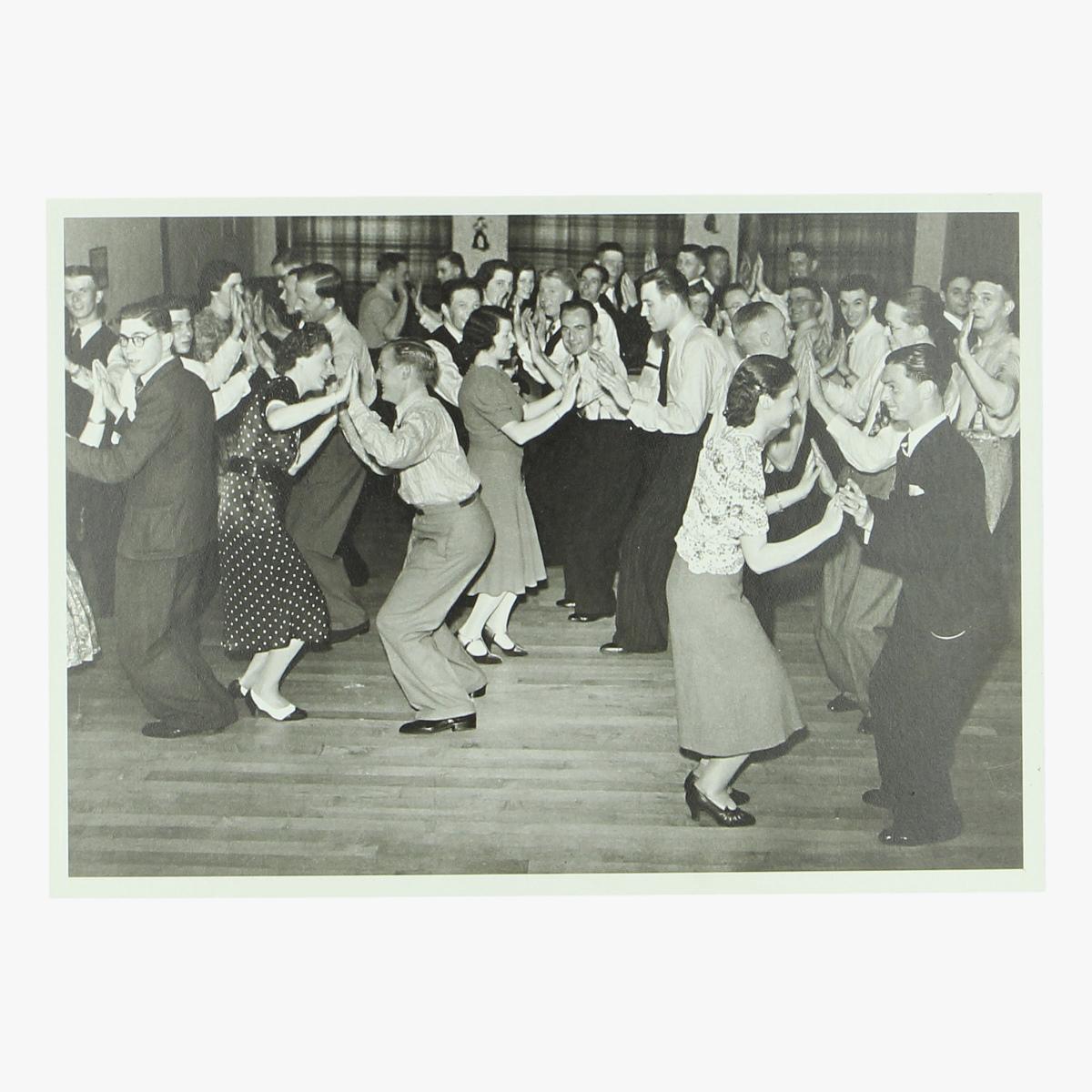 Afbeeldingen van postkaart dansleraren aan het werk 1939 repro