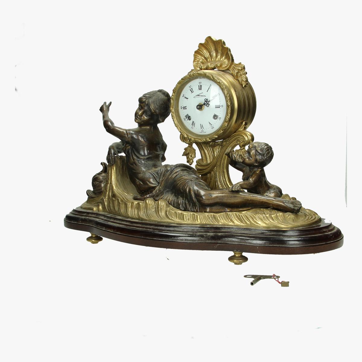Afbeeldingen van bronzen klok pendule lancini italie met sleutel