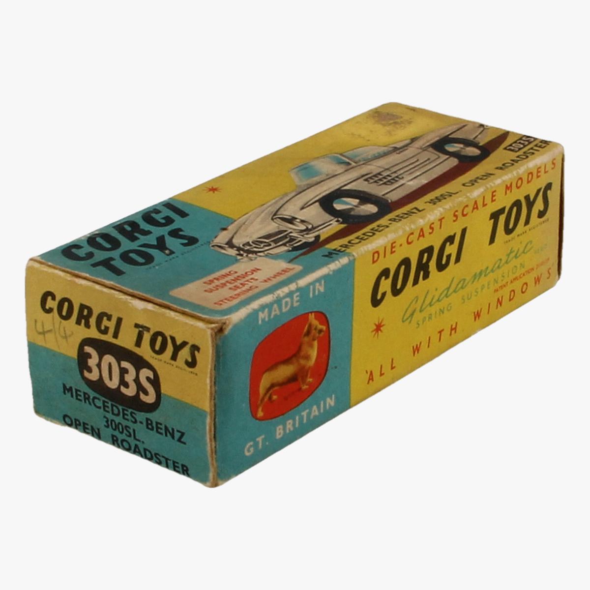 Afbeeldingen van Corgi Toys. Mercedes Benz. 300 sl open roadster 303S