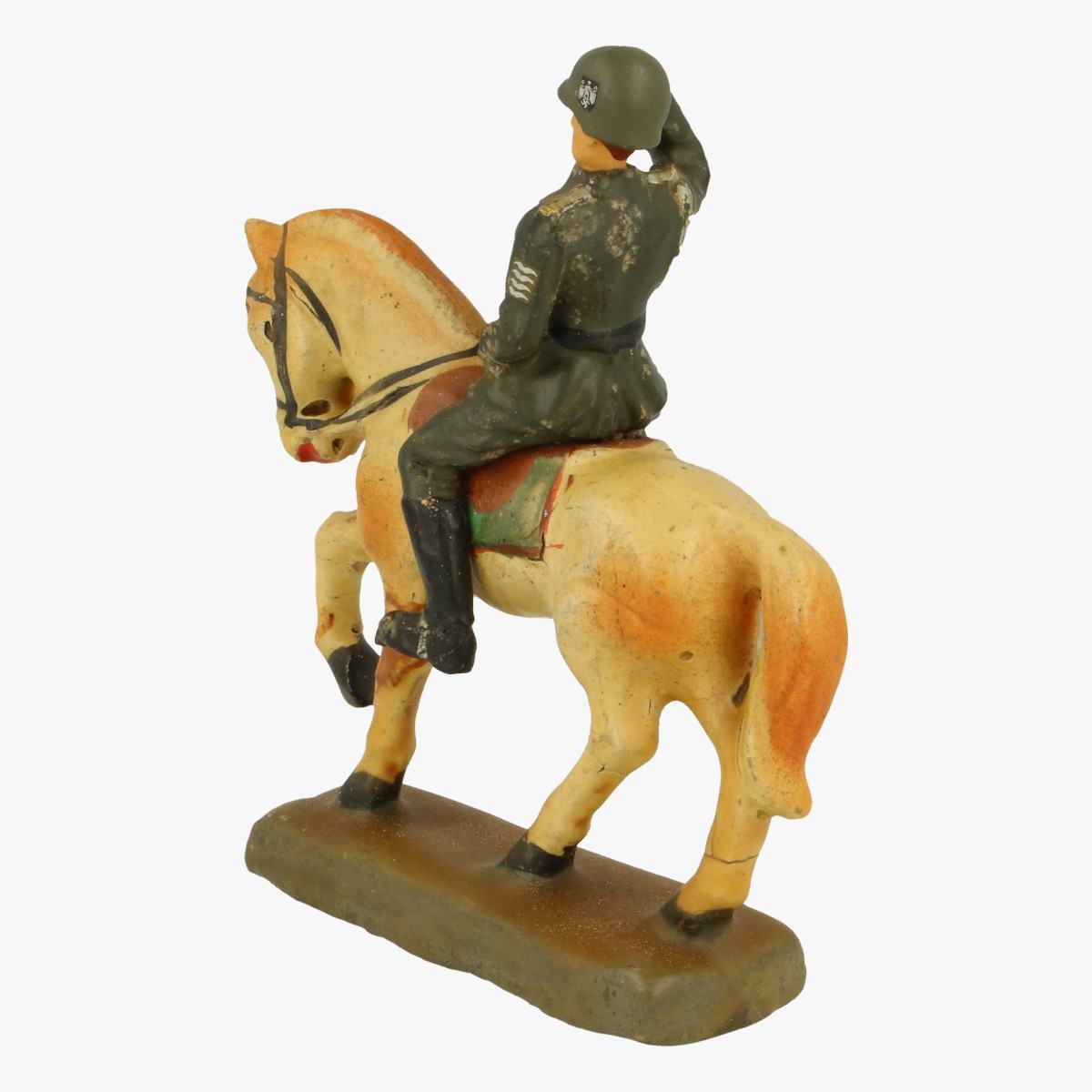 Afbeeldingen van Elastolin soldaatje met paard