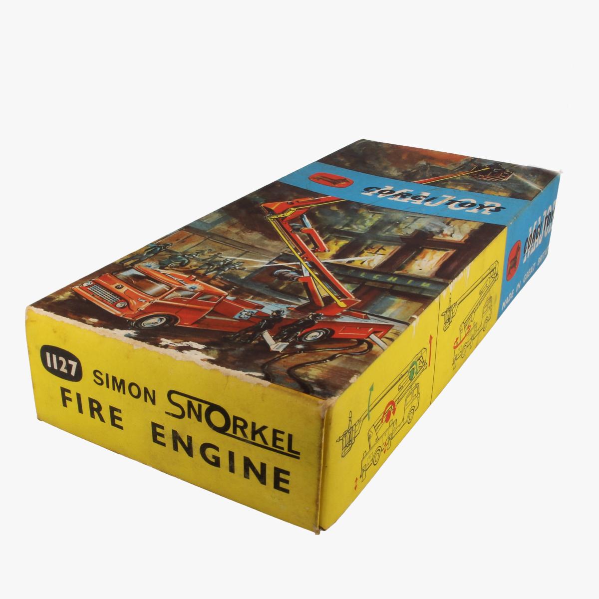Afbeeldingen van Corgi Toys. Simon Snorkel Fire Engine. Nr. 1127