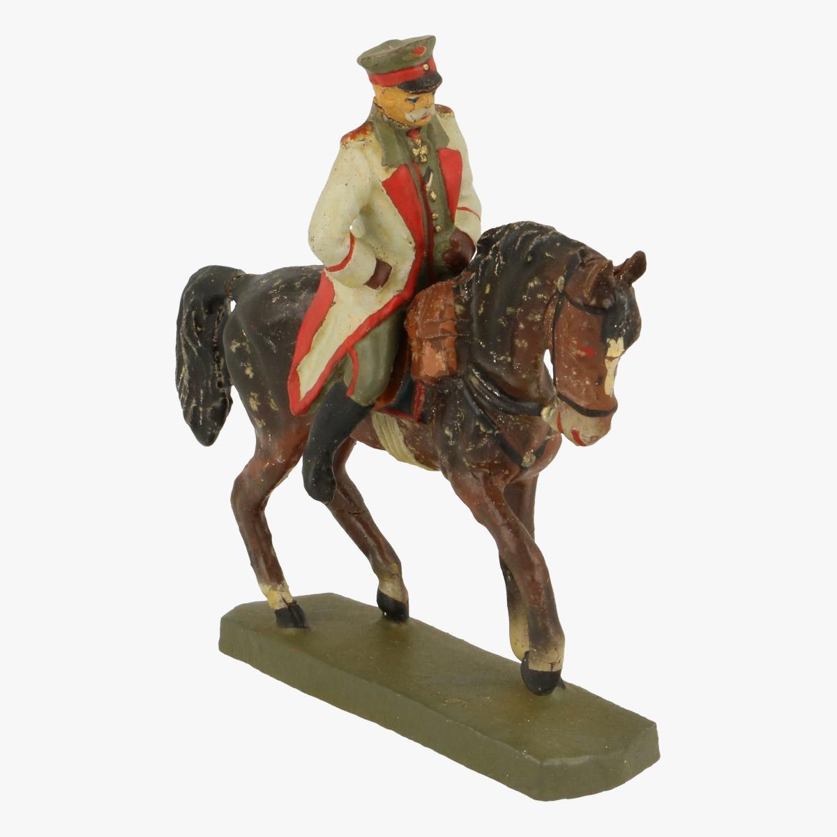 Afbeeldingen van Elastolin soldaatje op paard fabr: elastolin