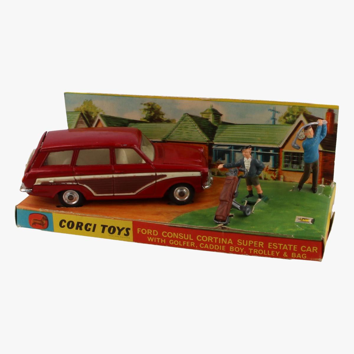 Afbeeldingen van Corgi Toys. Ford Consul Cortina Super Estate Car. Nr. 440