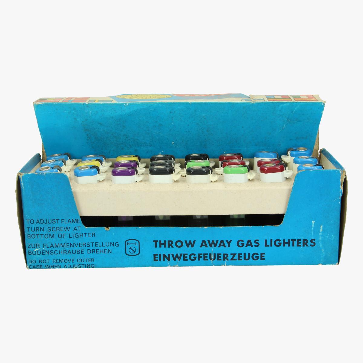 Afbeeldingen van oude aansteker prof throw-away lighters full box