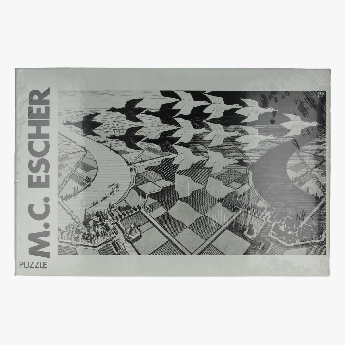 Afbeeldingen van Puzzel M.C. Escher day & night