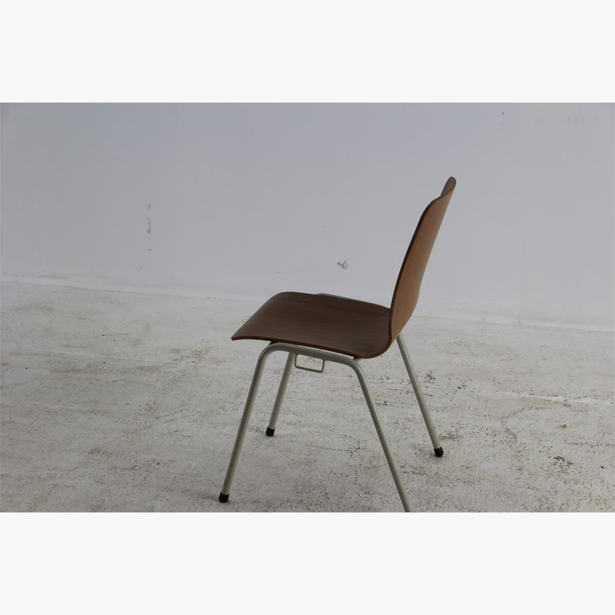 Afbeeldingen van retro stoel 45 stuks beschikbaar