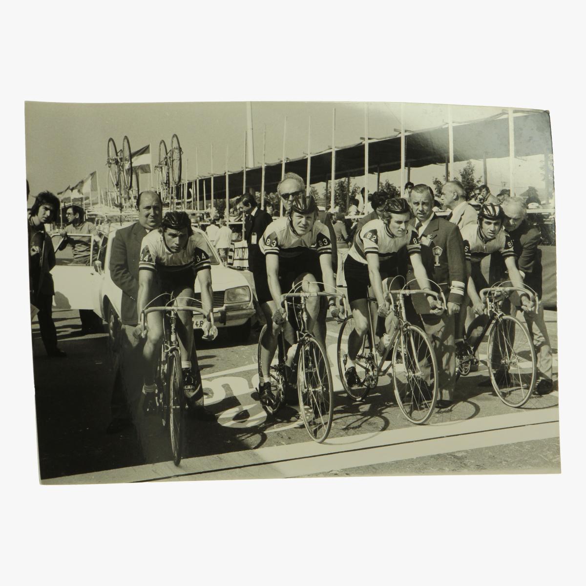 Afbeeldingen van oude foto wielrenners namur - huy
