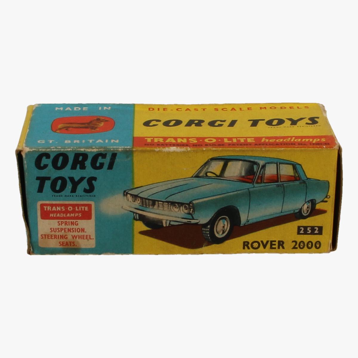 Afbeeldingen van Corgi Toys. Rover 2000. Nr. 252