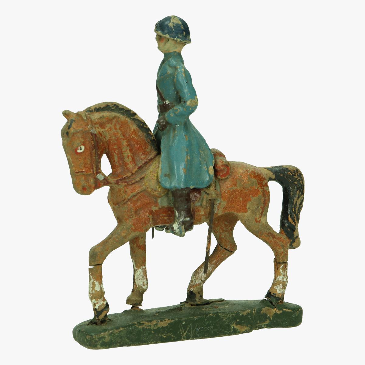 Afbeeldingen van soldaat op paard