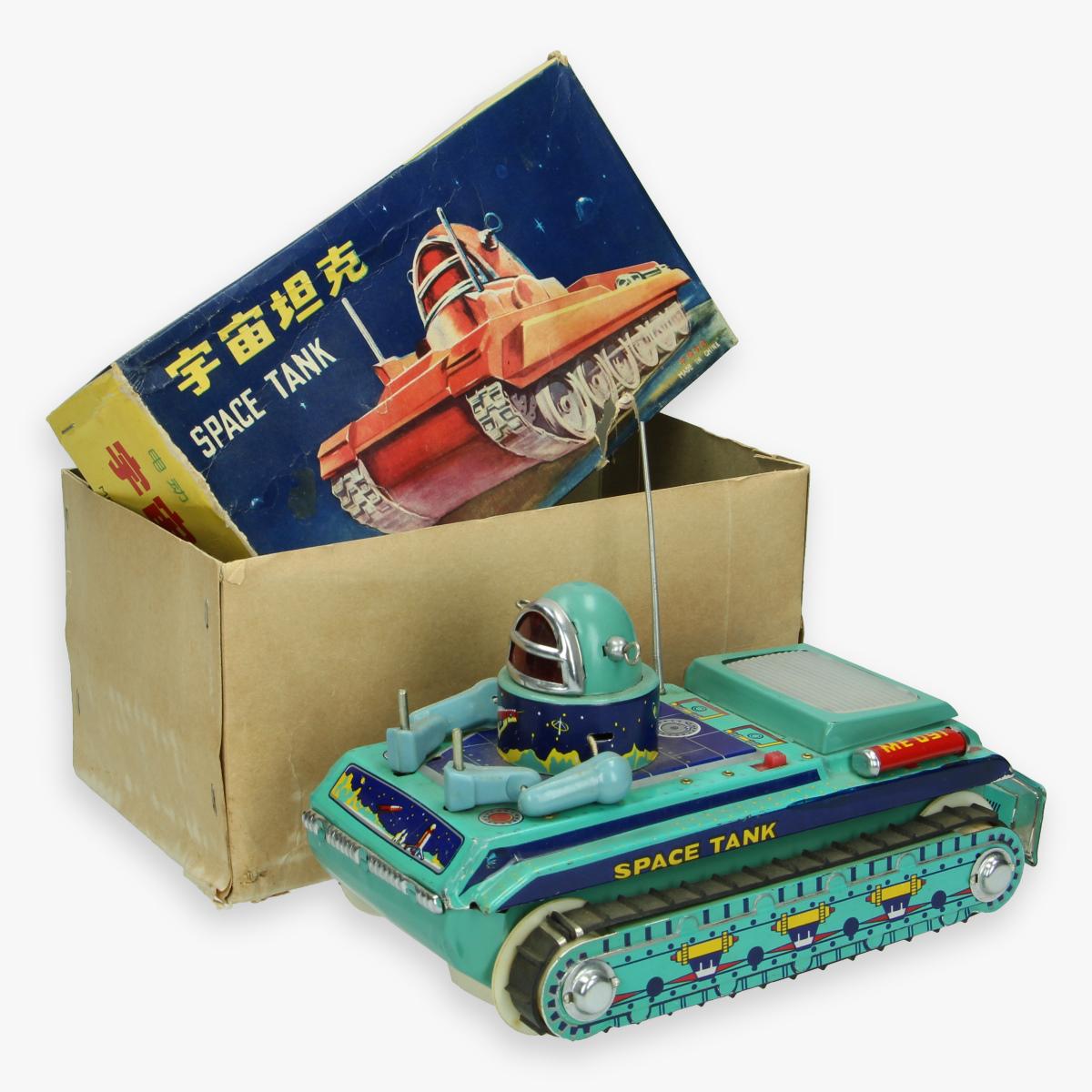 Afbeeldingen van rare red china tin toy jaren 60 me - 091 space tank in box