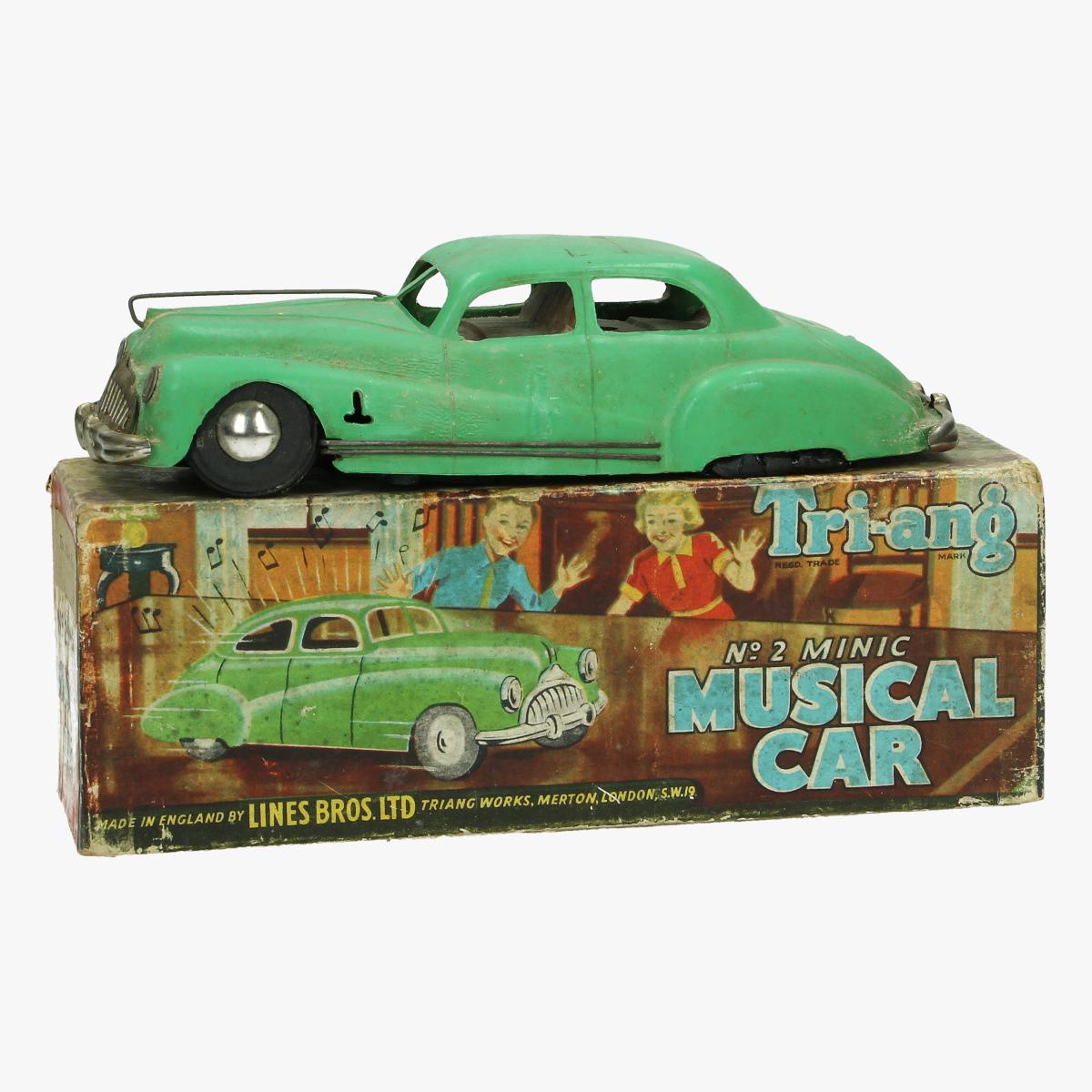 Afbeeldingen van musical car tri-ang made in engeland