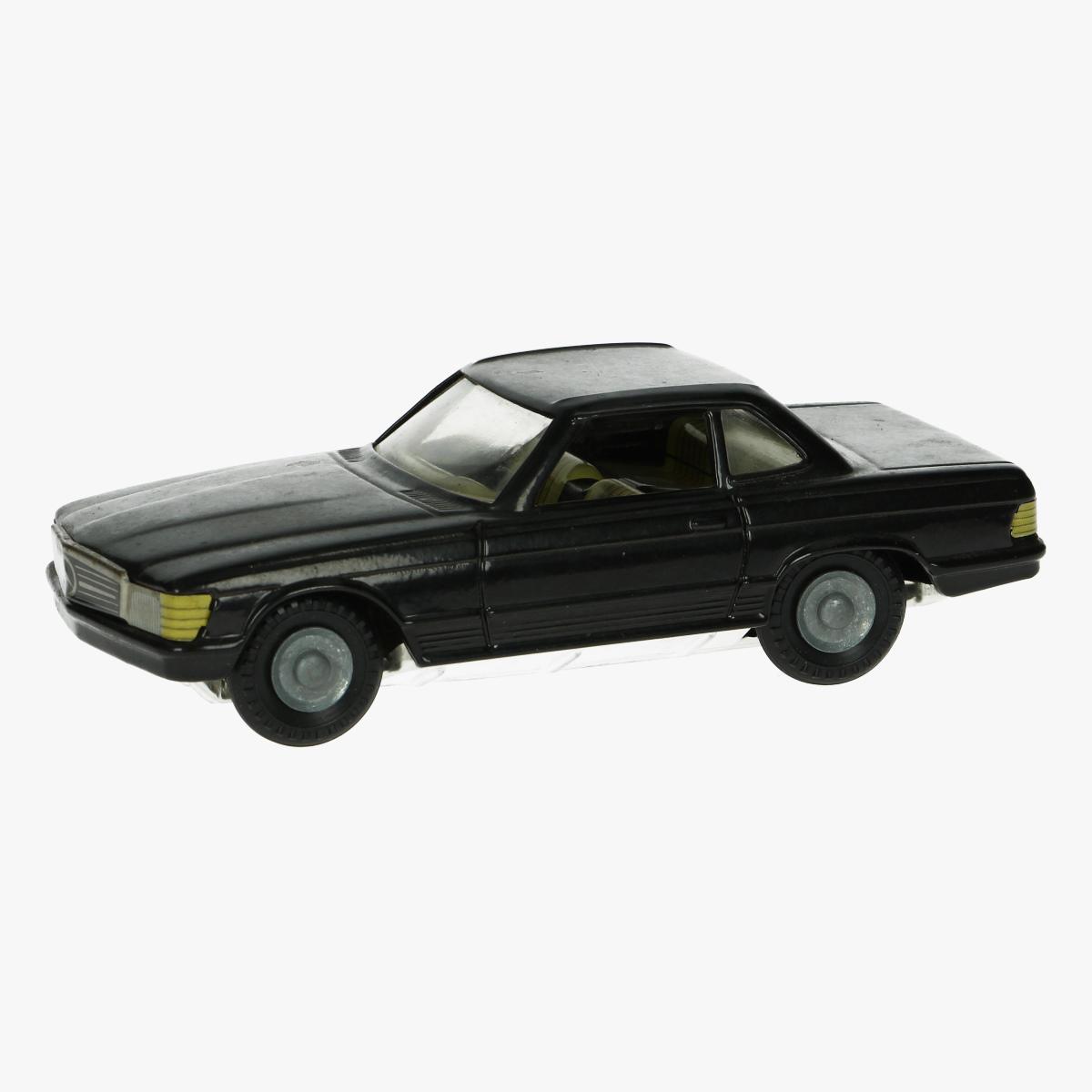 Afbeeldingen van blikken auto mercedes replica