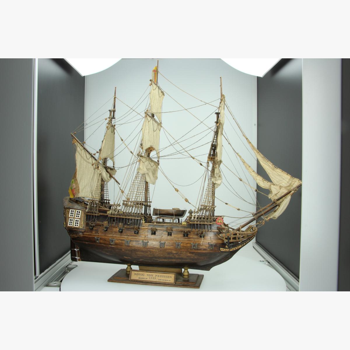 Afbeeldingen van modelbouw boot