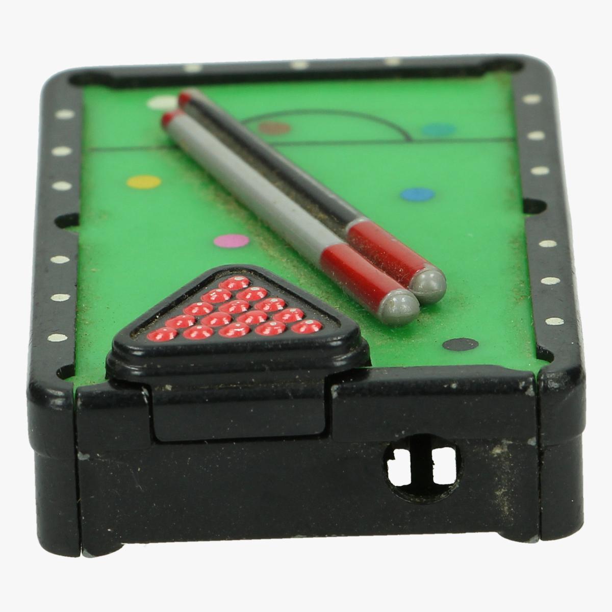 Afbeeldingen van oude aansteker snookertafel