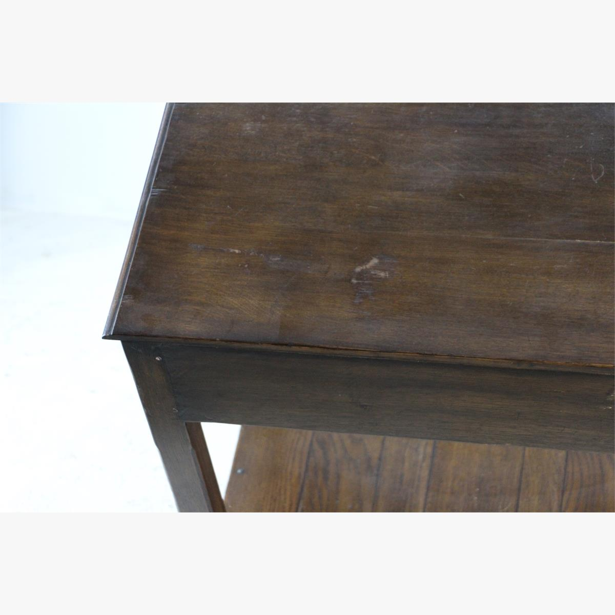 Afbeeldingen van oude eiken side table