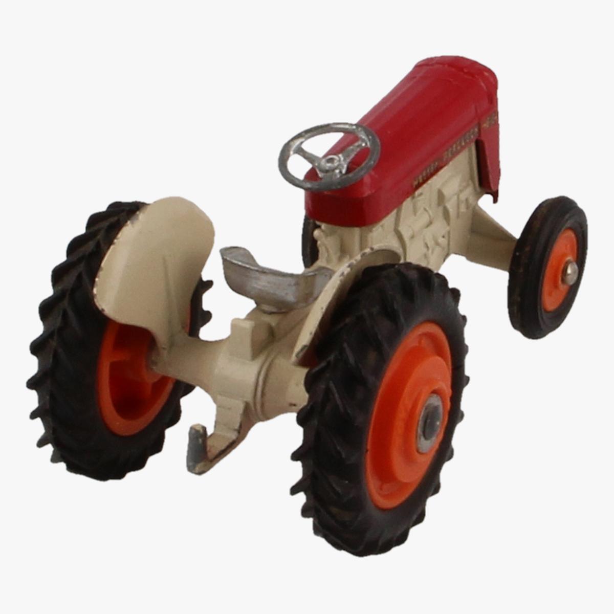Afbeeldingen van Corgi Toys. Massey - Ferguson 65 Tractor Nr. 50